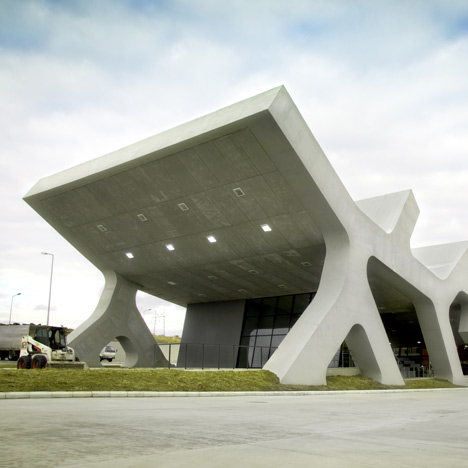 dezeen_Rest-Stops-in-Georgia-by-J-Mayer-H_7b