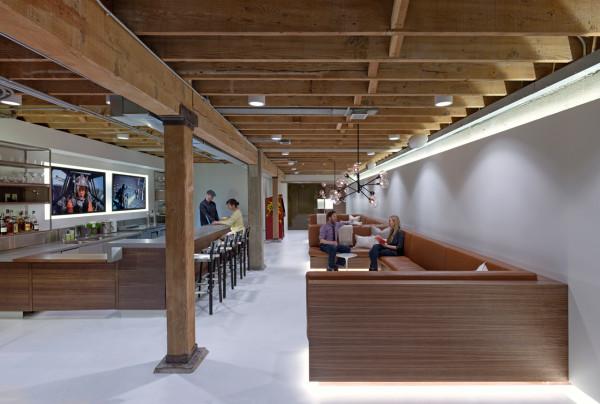 giant pixel office 9
