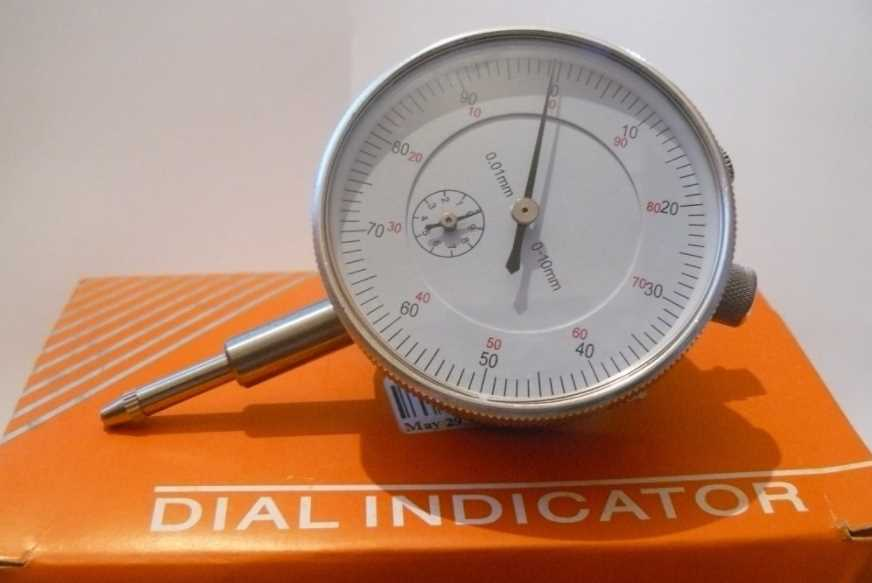 half Magnetic Base with Fine Adjustment and SAE Dial Test Indicator with 0.0005
