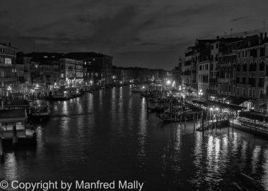 Canale Grand bei NachtVenetien mit Olympus aufgenommen Live Bulb