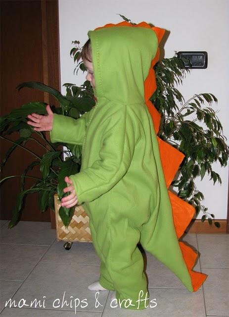 Come si fa un costume da dinosauro