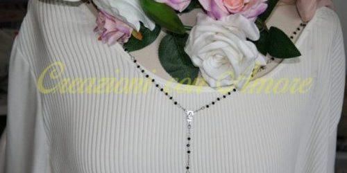 Collana lunga Rosario e perline nere fatta a mano