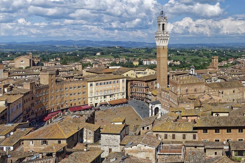 La Piazza del Campo de Siena