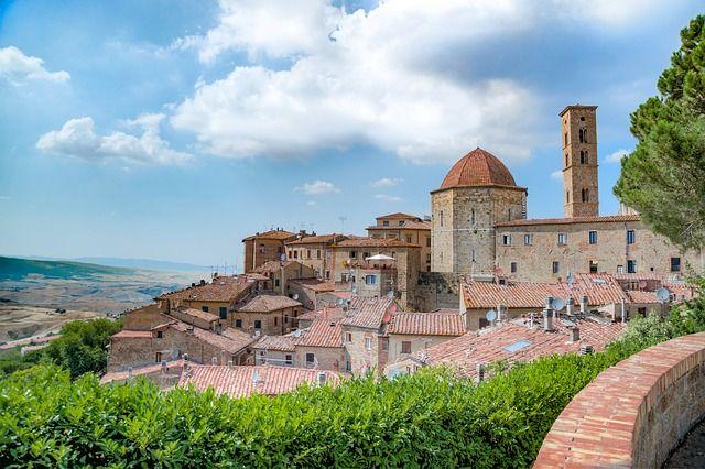 Volterra uno de los pueblos más bonitos de La Toscana