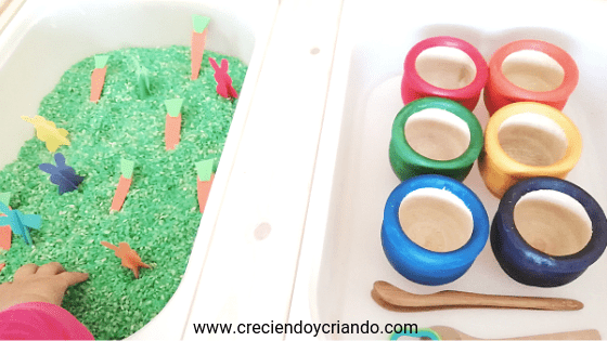 Mesa experimentación pascua Creciendo y Criando