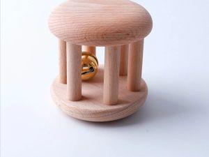 Rodari de madera Creciendo y Criando