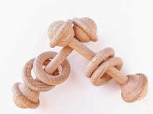 sonajero de madera de haya
