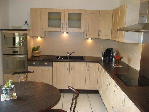 Credence pour cuisine grise maison design for Credence pour cuisine blanche