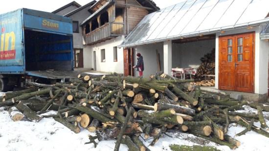 Daruri pentru câteva suflete necăjite din localitatea Şerbăuţi, Suceava - acţiunea noastră din Decembrie 2016