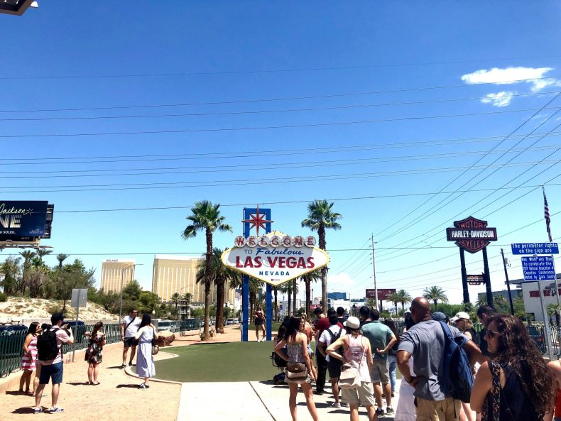 Line at the Las Vegas Sign