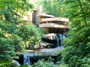 A Guide to Visiting Frank Lloyd Wright's Fallingwater