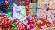Parents Relying on Credit Cards for Christmas Spending