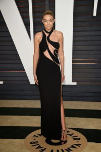 Omg!!!! Gigi Hadid Without Pants at the Oscar After Party