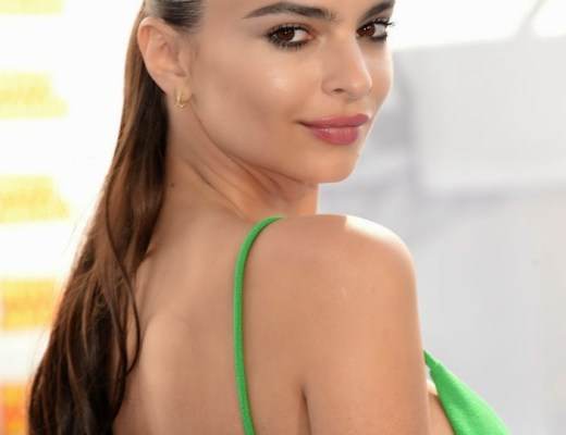 Emily Ratajkowski Bares Cleavage as She Poses Topless in New Photo