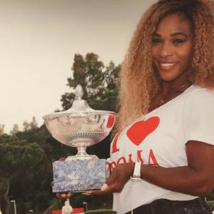 Venus Williams Shares  Photo of Serena Williams showing her love for her