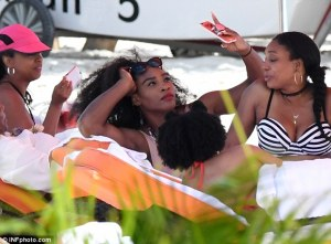 Serena Williams Puts on display her Banging Sexy toned Bikini  body while on vacation in Bahamas