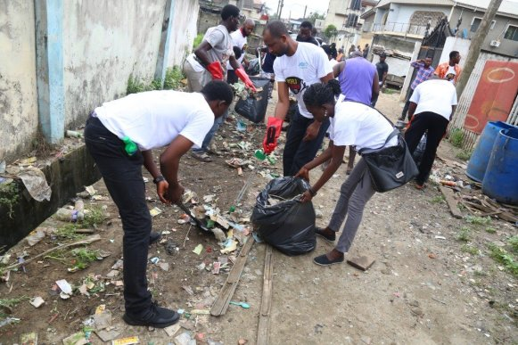 Lagos Canals: Residents Laments Over Government Neglect