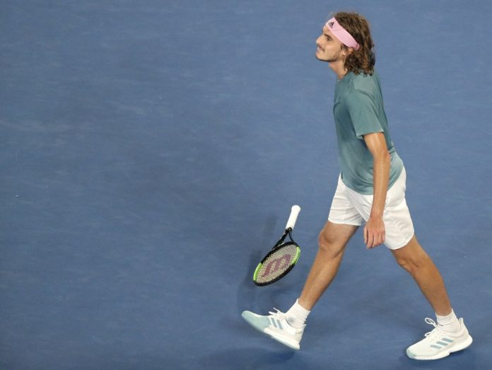 20-Year-Old Tsitsipas Upsets Roger Federer at Australian Open