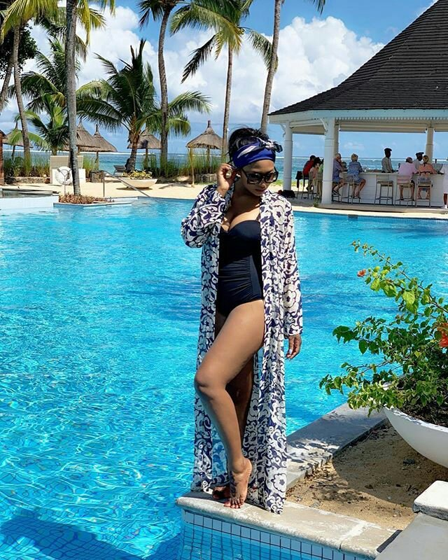 Actress Lilian Esoro Stuns In Swimsuit