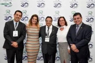 Na sequência os presidentes: Dr. Anderson Luís Coelho (CREFITO 4), Drª. Jocimar Martins (ASSOBRAFIR ), Dr. Roberto Cepeda (COFFITO), Drª Eunice Sousa (COFFITO 15) e Dr. Silano Barros (CREFITO 1)
