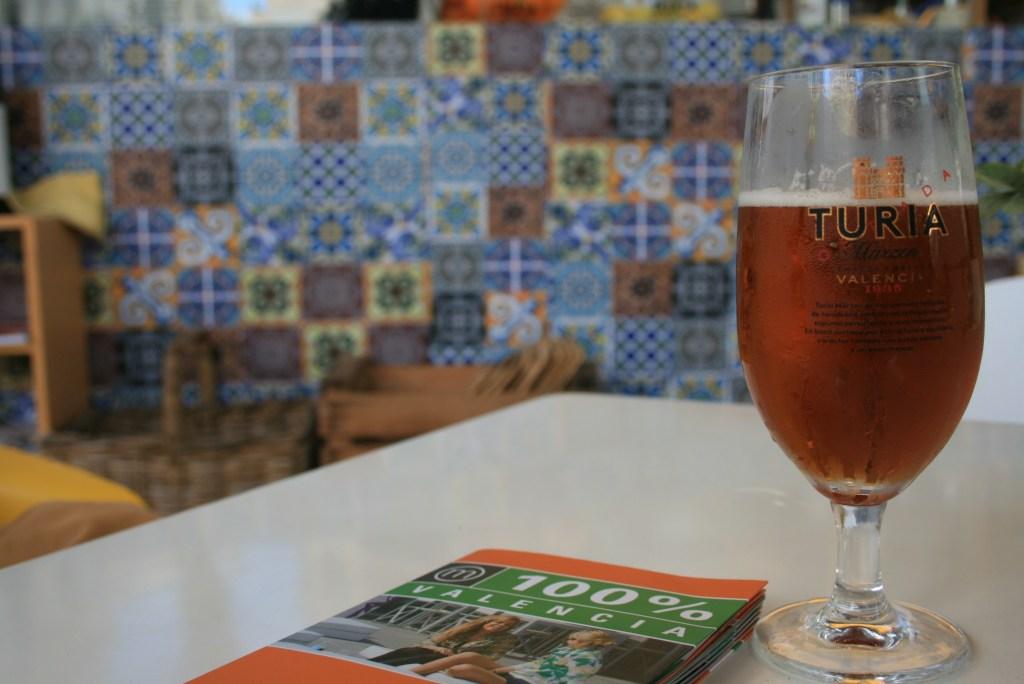 Drankje in de Mercat de Colon - Crema Catalana - blog over reizen, beleven, eten en logeren in Spanje