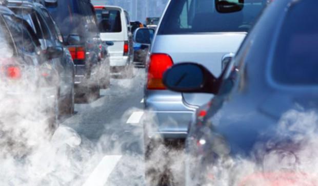 Smog auto a Cremona