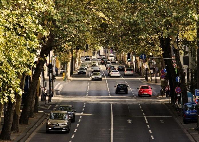 Traffico, foto da Pixabay
