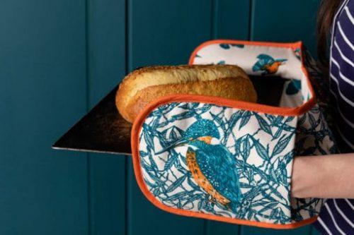 Kingfisher Oven Gloves