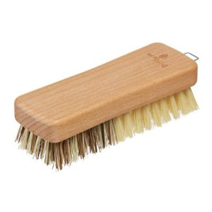 Vegetable Brush (FSC 100%) - vegetable scrubber 500x500