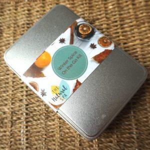 Zero Waste Travel Kit – On the go Kit Winter Spice – Travel Wash kit – Shampoo – Conditioner – Soap – Flannel – Storage Tin