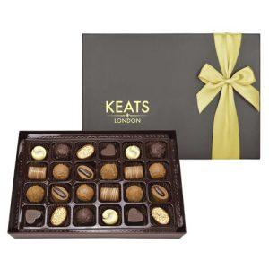 Keats Luxury Chocolate Selection, 24 pcs Golden Bow - Keats Original Chocolate Selection Ribbon Box 255g 500x500