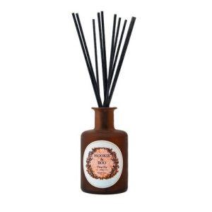 Signature Scent No 3 Darcey Rose Fragrance Diffuser - darceyrosefragrancediffusershoot2 500x500