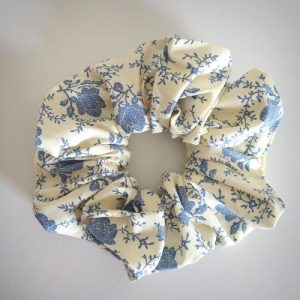 Oversized Hair Scrunchie Delf Roses on Cream