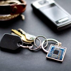 Recycled circuit board keychain, square