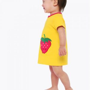 Zip-up strawberry pocket dress
