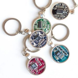 Recycled circuit board keychain, round - IMG 0152 500x500