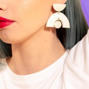 PATRICIA Abstract Monochrome Geometric Drop Earrings - Whitemakeup 6505 500x500
