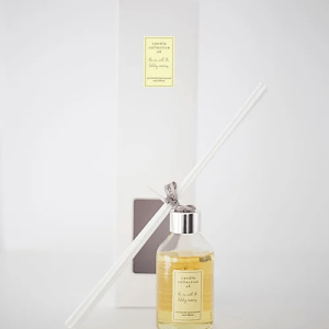 Holiday Memories Luxury Eco Friendly Reed Diffuser