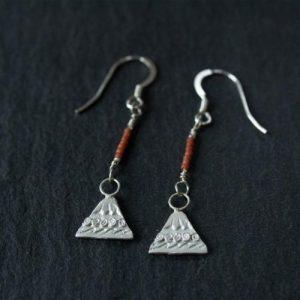 MNT005 Mountain Drop Seed Bead Earrings