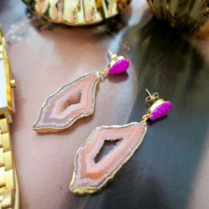 YAA YAA LONDON African Slice Gemstone Gold Earrings – Caramel & Pink