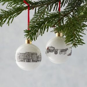 BB03 – Royally British Bauble Ornament – pack of 6