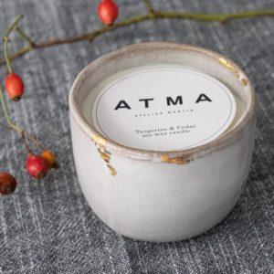 Christmas candle - Tangerine and cedar Soy wax - ATMA Noel20 creditsjulieStordiau 04bis 500x500