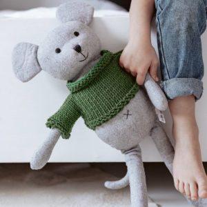 'arthur' mouse softie – large