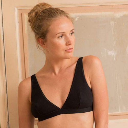 onyx-bra-black-organic-cotton-tulle-ethical-lingerie-olly