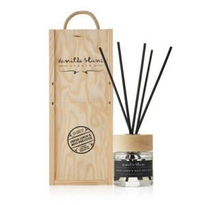 FRESH LINEN & BOIS PRECIEUX (Precious Wood) NATURAL REED DIFFUSER - Fresh Linen Diffuser 500x500