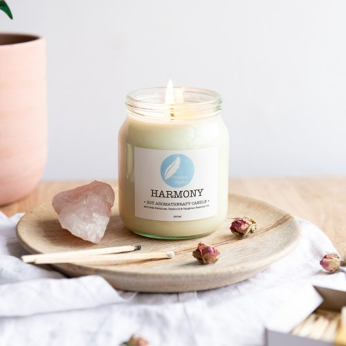 Harmony soy aromatherapy candle with tangerine, patchouli and rose geranium essential oils. 100% natural, vegan, cruelty free, organic, zero waste, gifts.