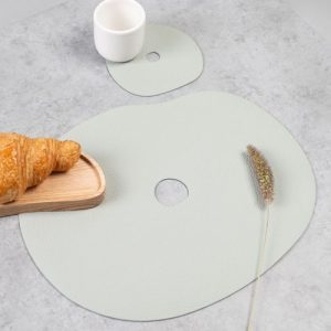 Set of table mat and coaster, leather I MILLSTONES - table mat light grey L 500x500