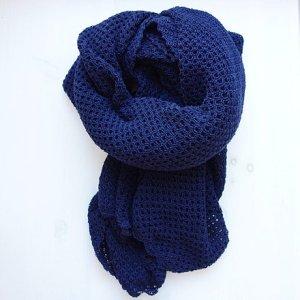 Wrap/ Shawl. 100% Superfine Merino Wool
