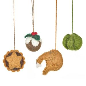 Handmade Felt Christmas Grub Dinner Decorations Set of 4 - handmade felt christmas dinner hanging decorations group 1 500x500
