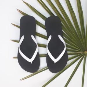 Naked Flip Flops – White on Black